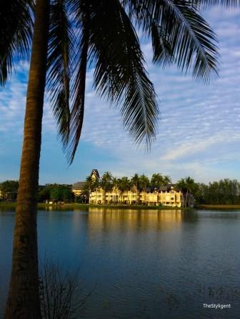 Beautiful houses in Phuket_edited